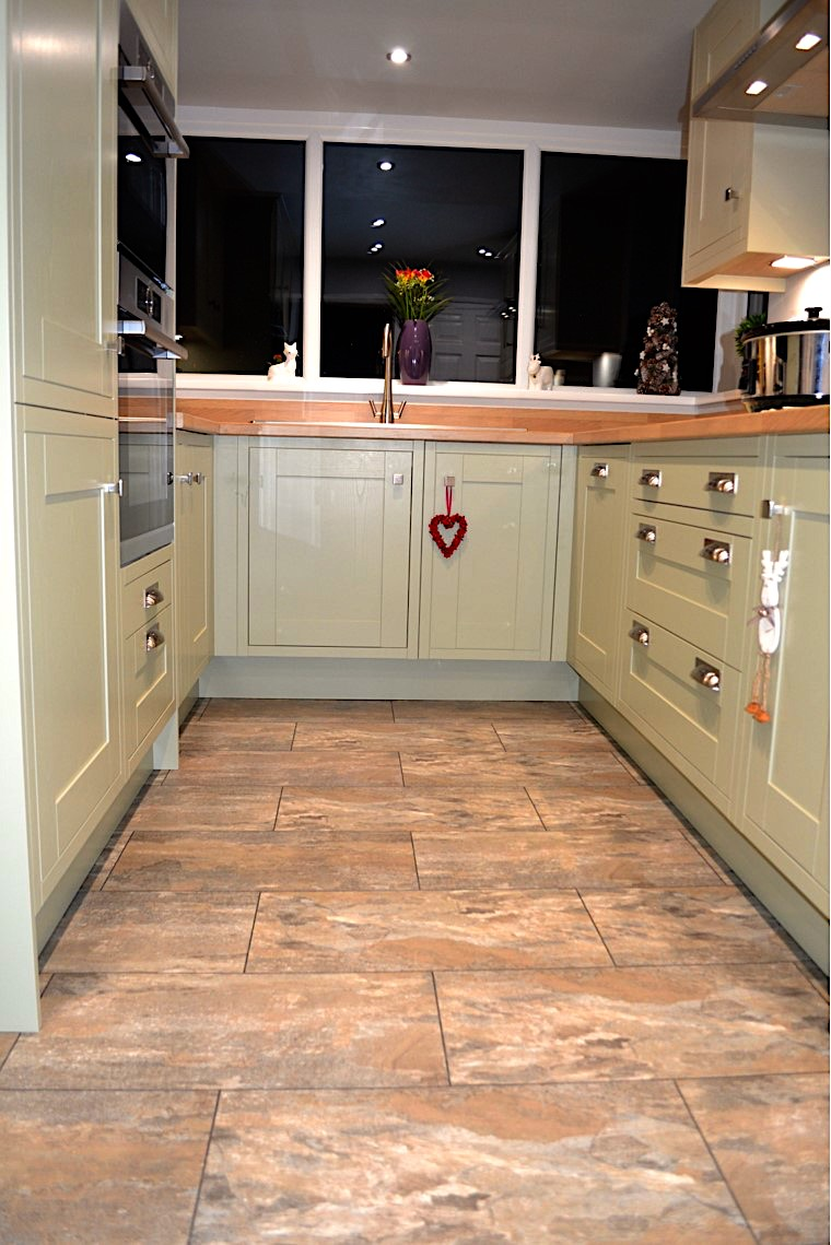 shaker style kitchen at Baildon near Bingley and Guiseley