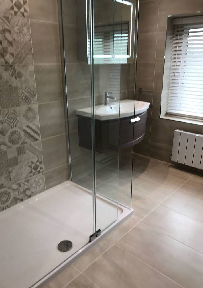 skipton shower and washbasin bathroom1