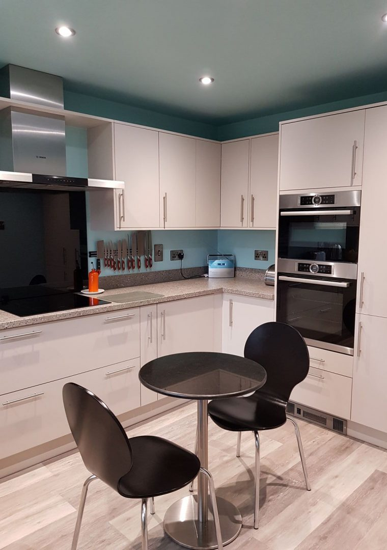 new kitchen with Pyrolytic self cleaning oven