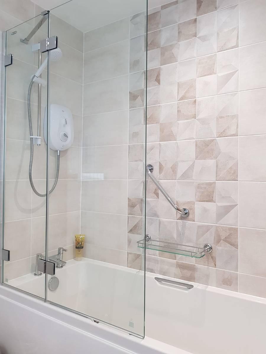 bath and shower with grab handles