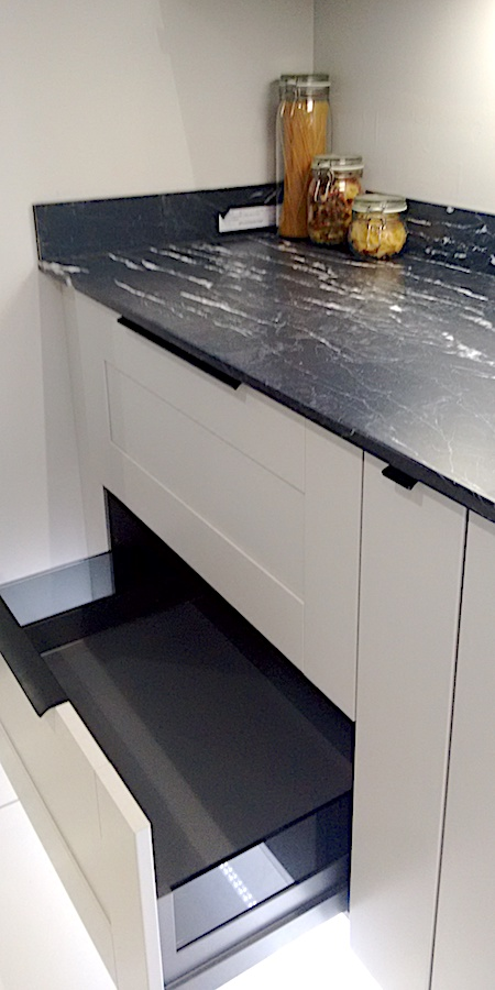 deep pan drawer kitchen unit and granite worktop