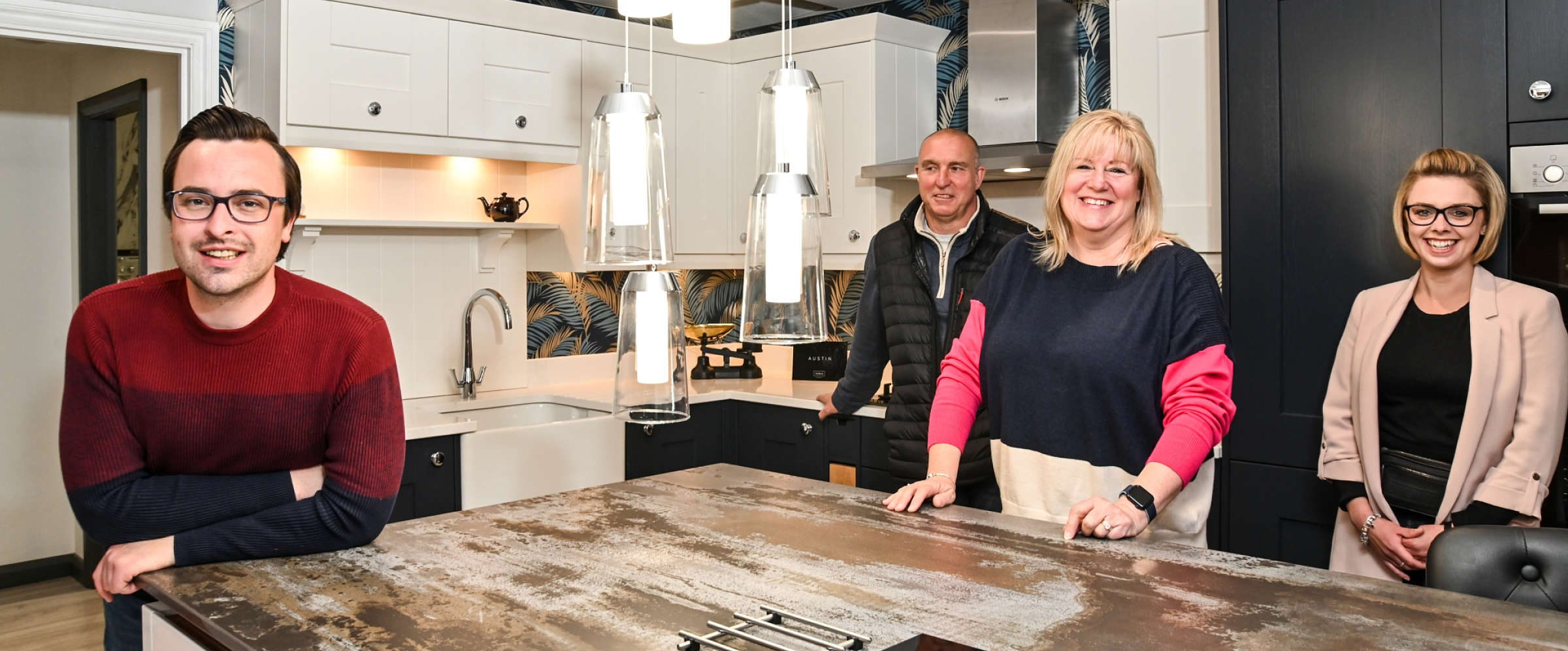 kitchen showroom staff are on hand to answer questions or let you browse in peace